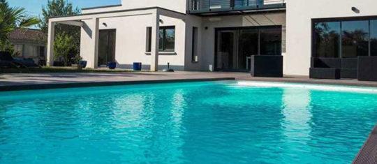 constructeur de piscine
